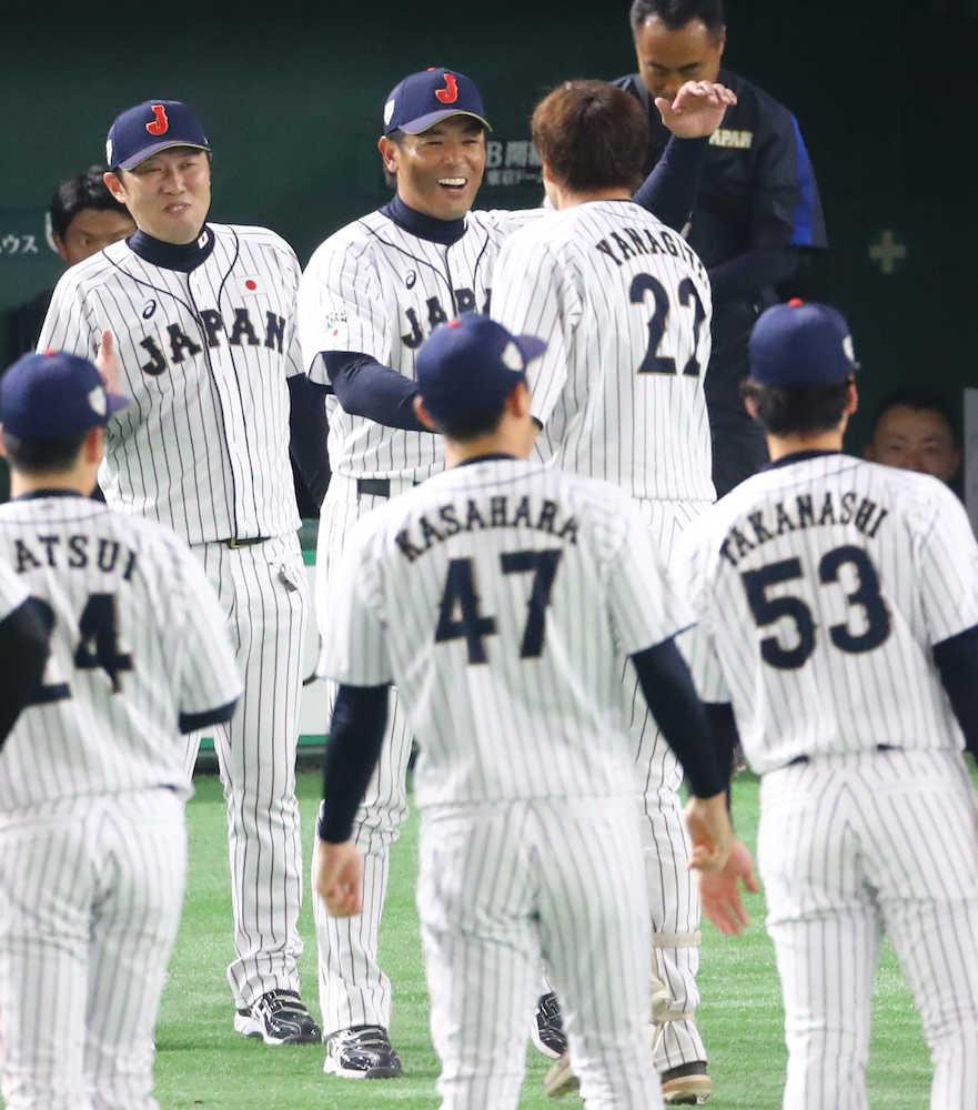 稲葉監督、投手と野手の奮闘称える「最後いい結果につながった」