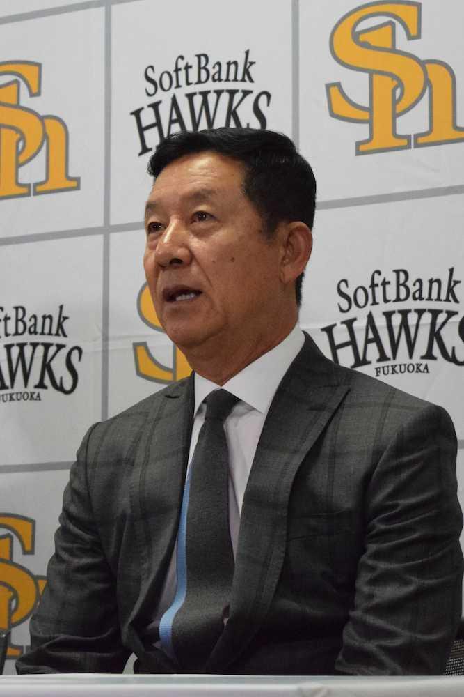 ソフトB2軍打撃コーチに就任 新井宏昌氏「個性に合った指導を」