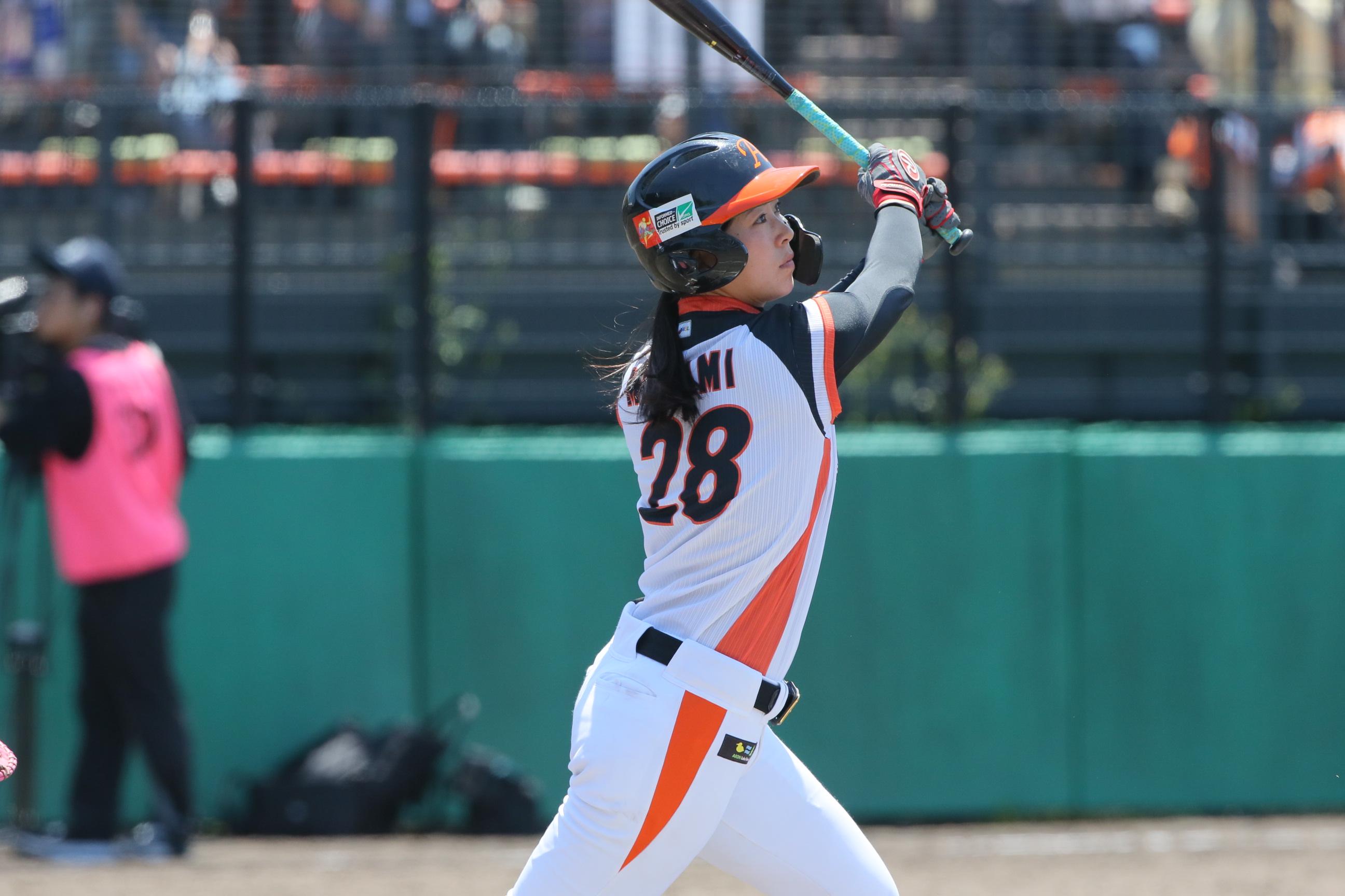 決勝打点みなみ (女子野球選手)本名は「高塚 南海」
