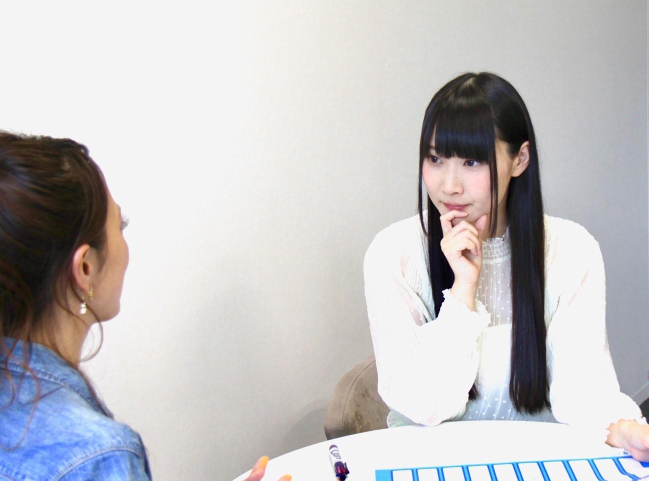 優木かなさんが話している所05