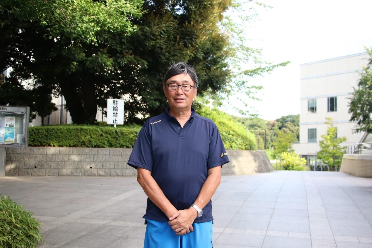 神奈川県学童野球指導者セミナー代表として野球人口普及活動に励む上田誠氏の正面の写真