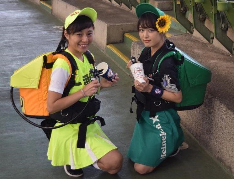 【左:愛花さん 右:みおさん】