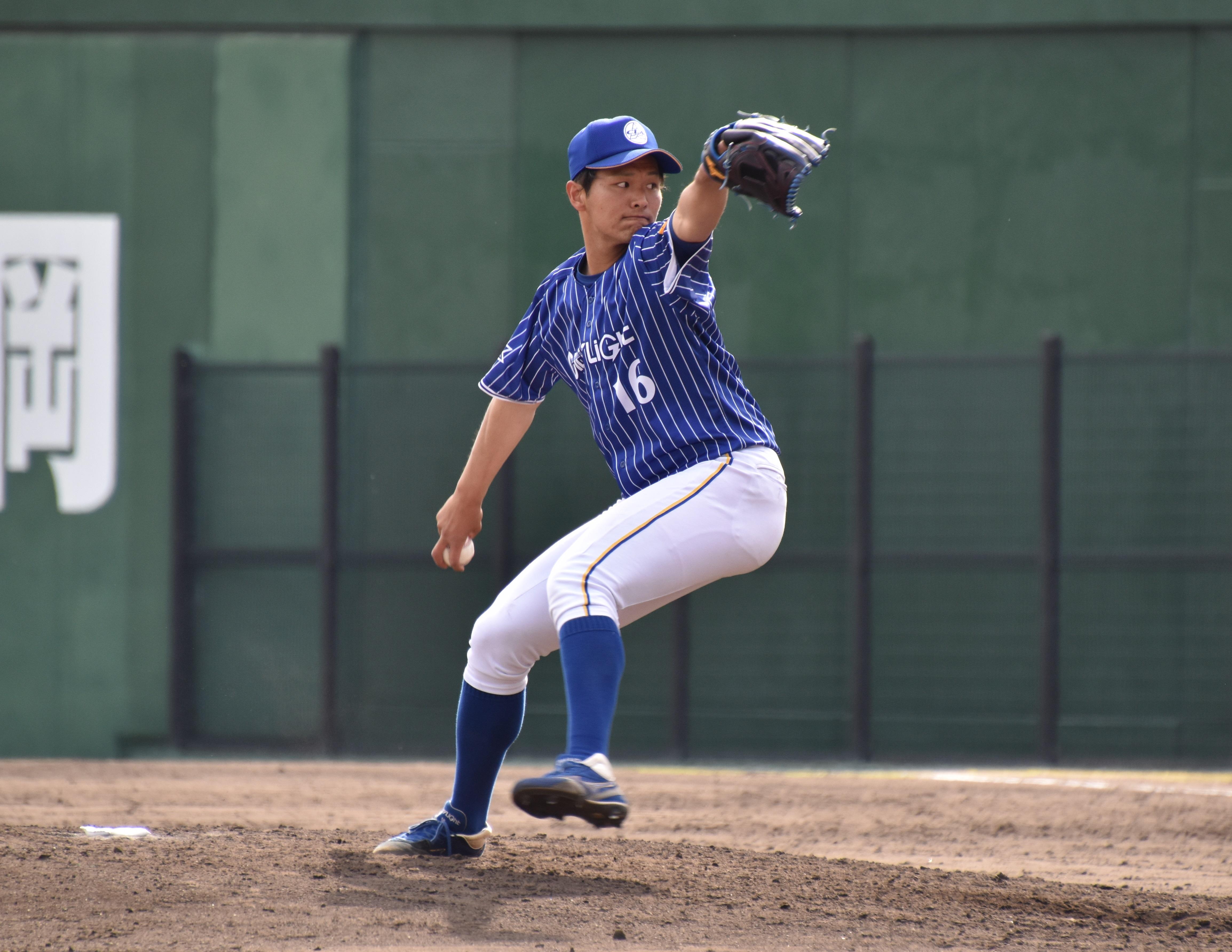 馬場康一郎(ばば・こういちろう)・・・1997年1月29日生まれ。長崎県諫早市出身。飯森中(軟式)→諫早高→福岡大。186cm87㎏。右投右打。投手。
