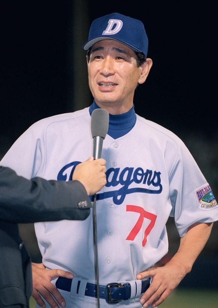 プロ野球セ・リーグで11年ぶりにチームを優勝に導いた中日監督の星野仙一(ほしの・せんいち)さん