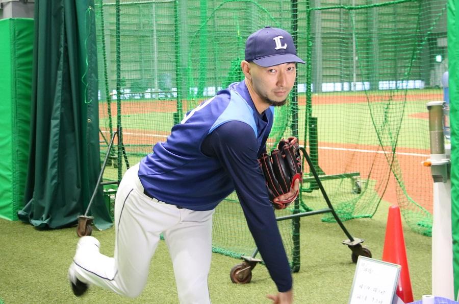 埼玉西武ライオンズで球団スタッフとして活躍する木幡翔氏の投球シーン
