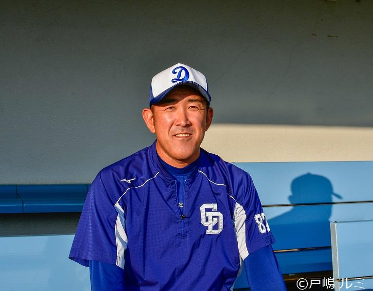 韓国球界でプレーとコーチ経験を持つ、中日ドラゴンズ二軍投手コーチ・門倉健さん